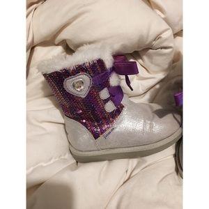 Disney frozen cozy boot